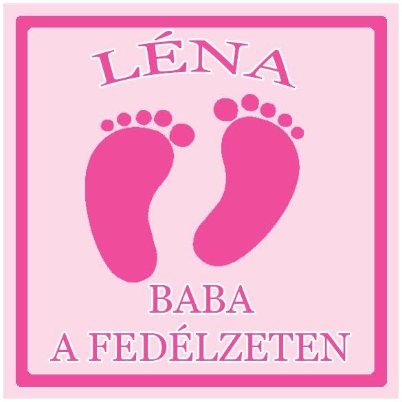Névre szóló Baby on Board autómatrica - Kislány baba talpak